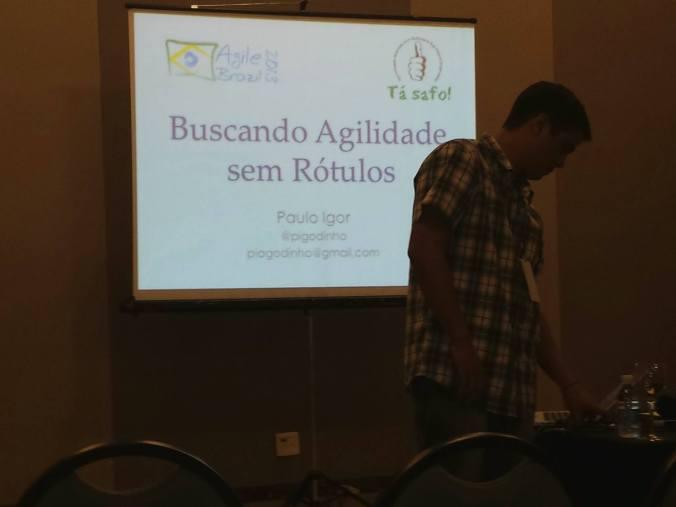 Paulo Igor iniciando sua apresentação.
